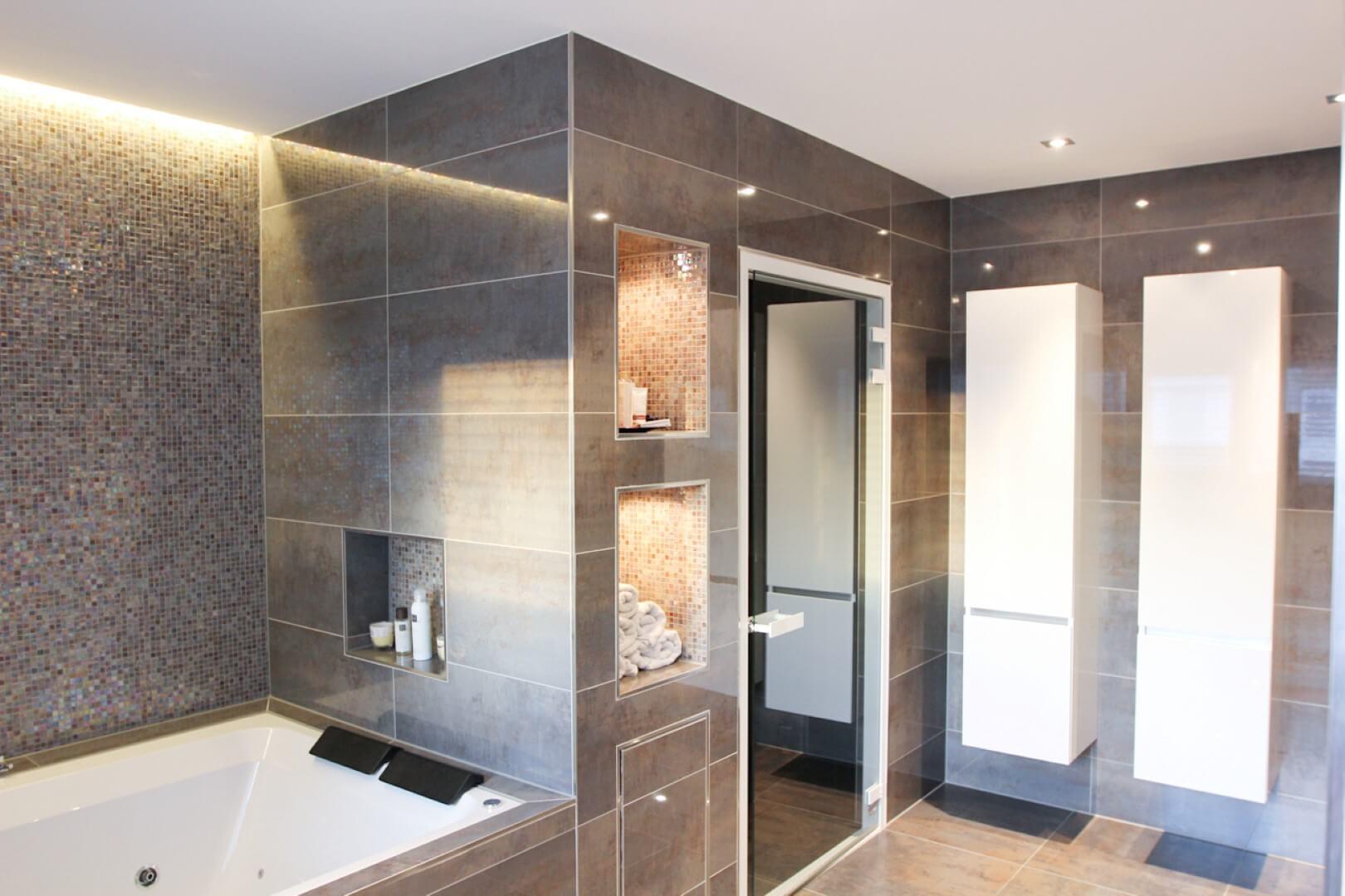 Bekijk op kaart Home spa bathroom design